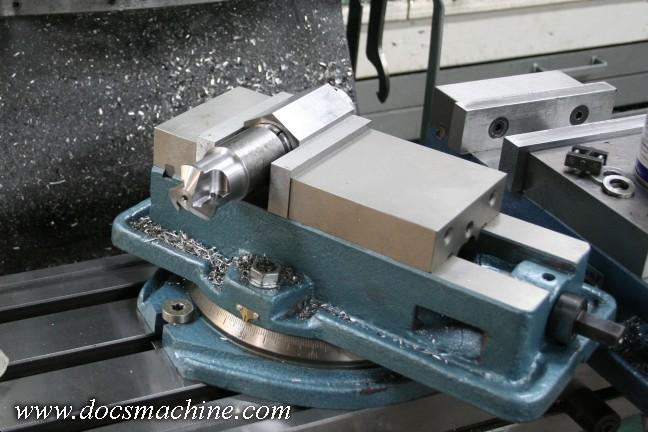 Spline cutter